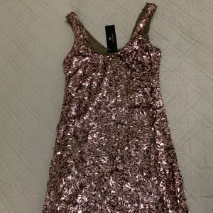 Rose gold sequin dress! Perfect for NYE! New w/tag